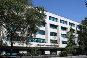 Leading surgeon joins Bupa Cromwell Hospital